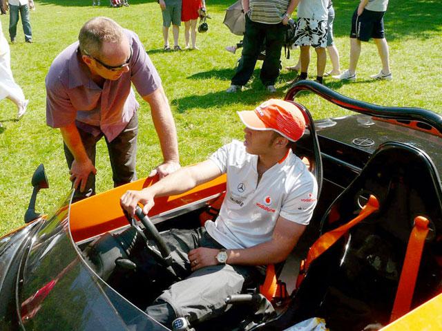 Even F1 Drivers Like Kit Cars