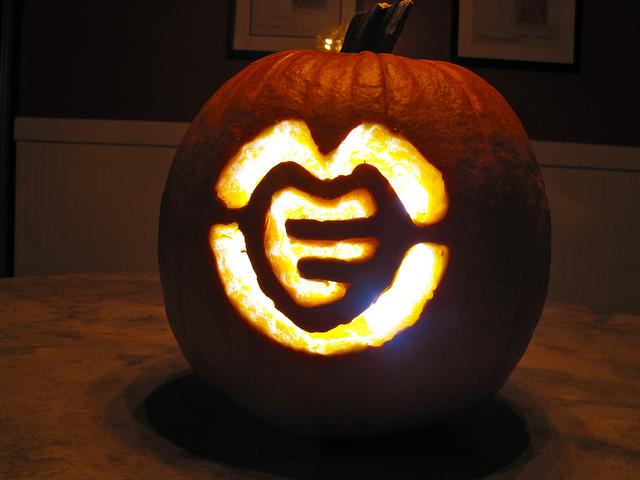 MEV Pumpkin Halloween 2011