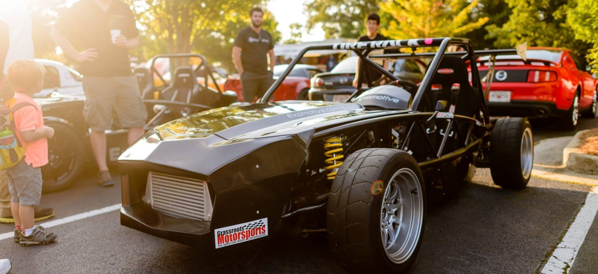 Race chassis at Caffeine and Octane